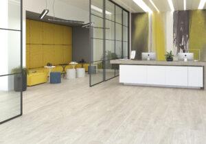 bleda prírodná podlaha do obývačky spalne plávajúca podlaha drevená podlaha