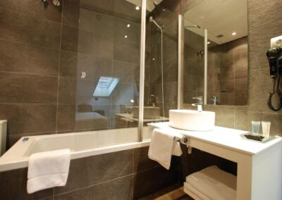 CERACASA_FILITA_GRIS_31X63_HOTEL
