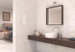 luxusná dizajnová lesklá biela sivá perleťová kúpeľňa mramorová dizajn vzhľad